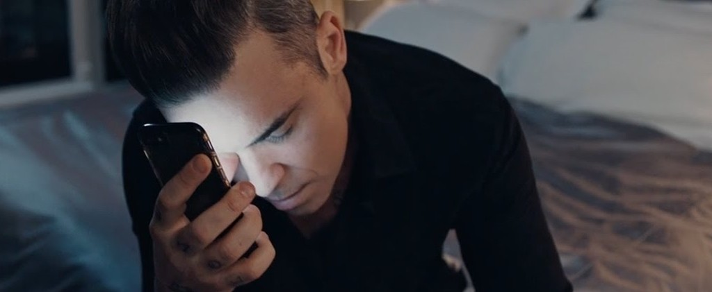 'Mixed Signals' el nuevo clip de Robbie Williams