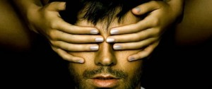 "Enrique Iglesias presenta su nuevo album ""Sex and Love"""