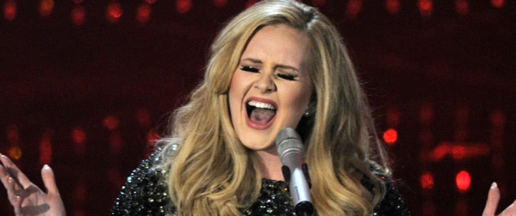 Adele sigue rompiendo récords