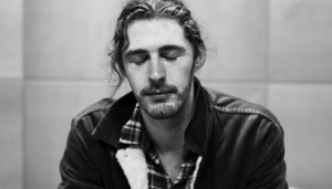 "Hozier lanza video de ""Work Song"""